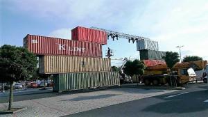 kontejnery jako stage